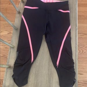 Lululemon size 2 cropped joggers Lycra